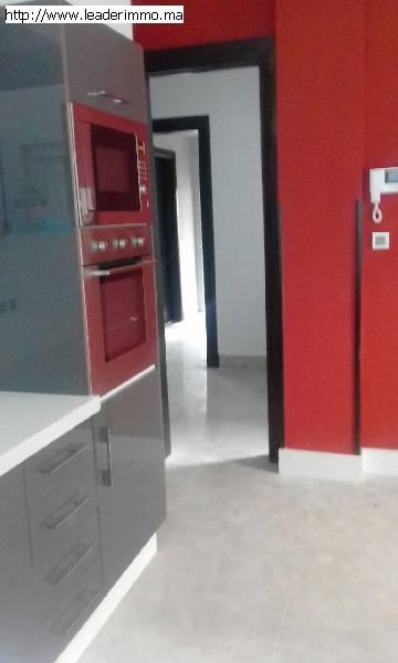 Rabat Quartier Administratif villa 450 m² à louer
