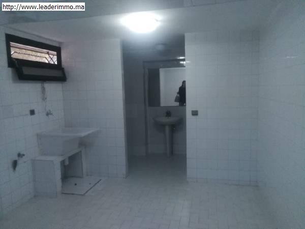 Rabat Hay riad villa 1000 m² en location