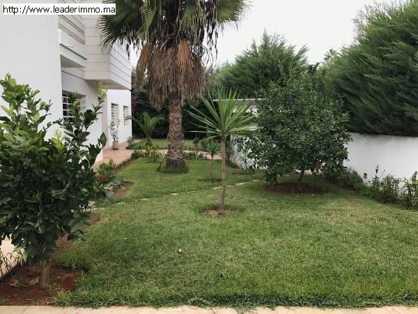 Offre similaire : Rabat Souissi Villa à louer 1000 m²