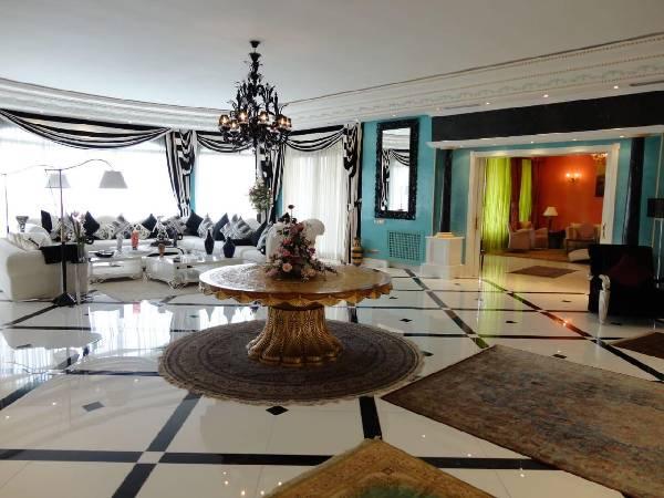Villa de luxe à vendre à Souissi les ambassadeurs.