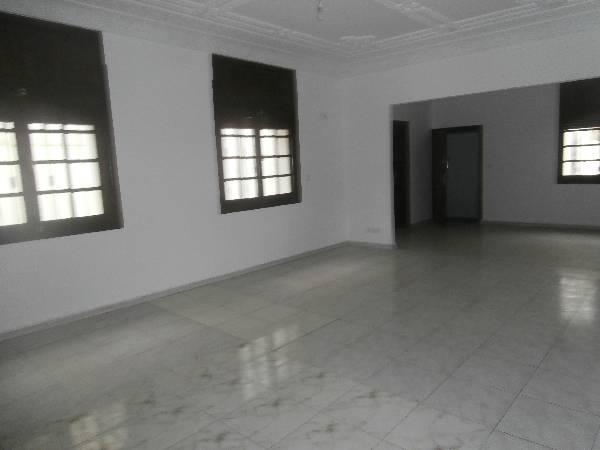 villa à usage bureau à hay Riad Rabat.