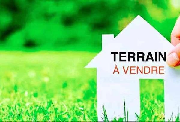 Terrain à vendre à hassan Rabat.