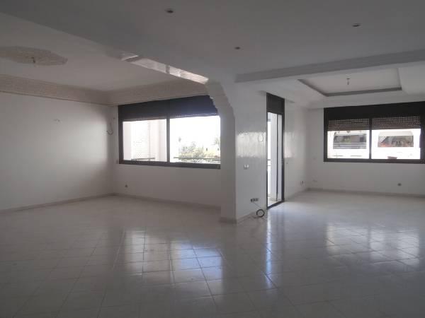 Offre similaire : Appartement à louer Rabat, Riad.